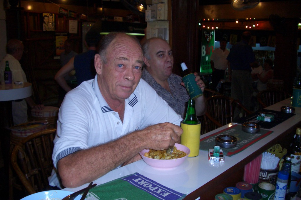 Jim Lawrie enjoying Khao Soi at Billy's Bar, Hua Hin Thailand